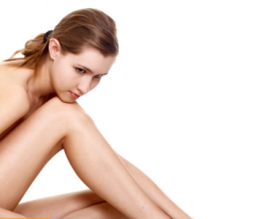 Làm thế nào để tẩy lông chân và xóa vết thâm triệt để, nhanh chóng?