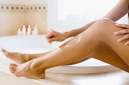 Waxing lông chân như thế nào cho đúng kỹ thuật? 1