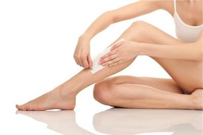 Bạn chọn wax lông chân tại nhà hay đến spa thẩm mỹ2