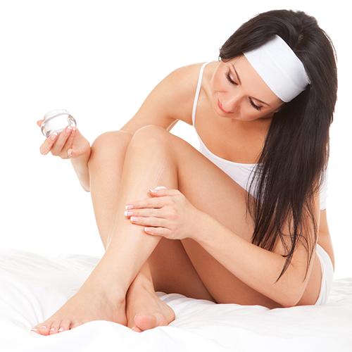 Những sai lầm trong wax lông khiến lông chân mọc ngược2