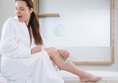 """""""Bỏ túi"""" bí quyết giúp bạn waxing lông chân không đau 5"""