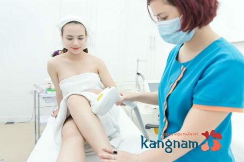 Triệt lông chân hiệu quả ở kangnam với chi phí hợp lý