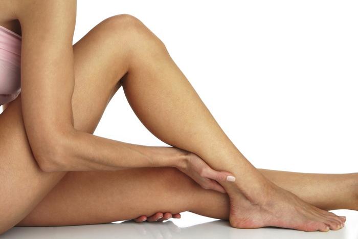 Đi tìm giải pháp tẩy lông chân mang lại hiệu quả và an toàn nhất? 1