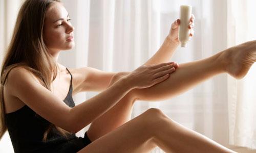 Sau khi tẩy lông chân nên làm gì