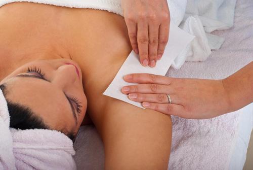 Tuyệt chiêu tẩy lông cho vùng da dưới cánh tay trắng mịn thơm tho 5