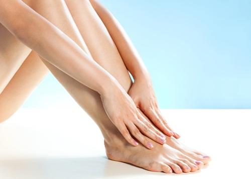 Cách nào tẩy lông chân vĩnh viễn không gây đau rát?134