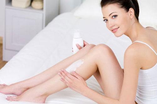 Có cách nào triệt lông chân tay vĩnh viễn tại nhà không?2