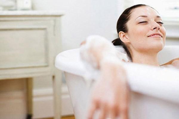 """5 nguyên tắc """"vàng"""" chăm sóc da sau wax lông không nên bỏ qua3"""