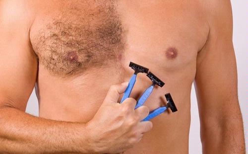 triệt lông ngực